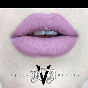 "💜Kat Von D ""Requim"" Everlasting Kiss"